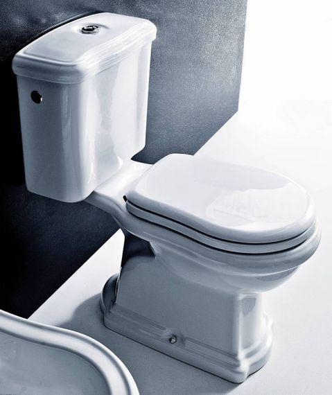 Englische Toiletten